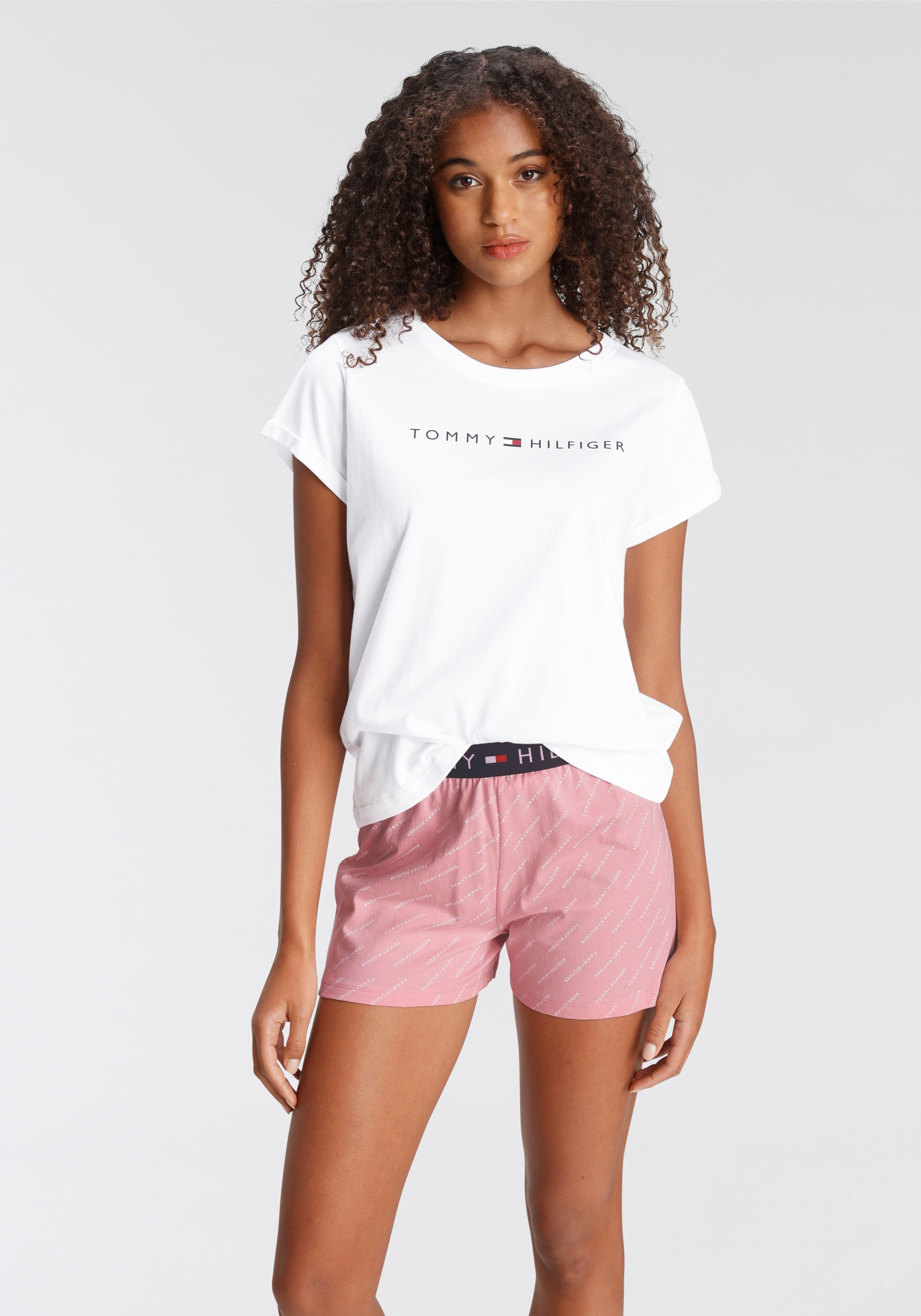 Tommy Hilfiger Shortama met logoprint op t-shirt en elastische band in de webshop van Lascana kopen