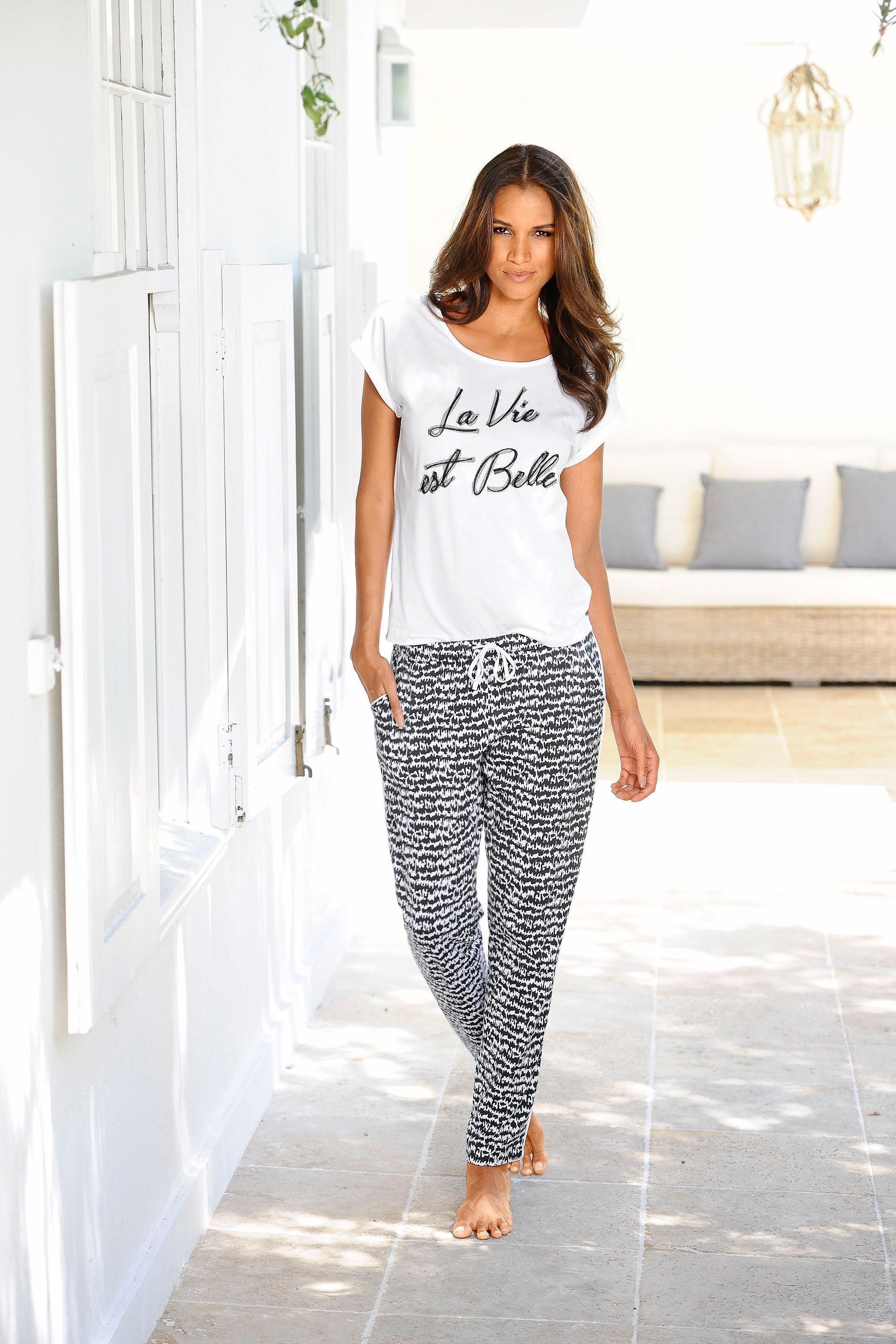 s.Oliver RED LABEL S.OLIVER pyjama met zwart/wit-dessin »La Vie est Belle« online kopen op lascana.nl