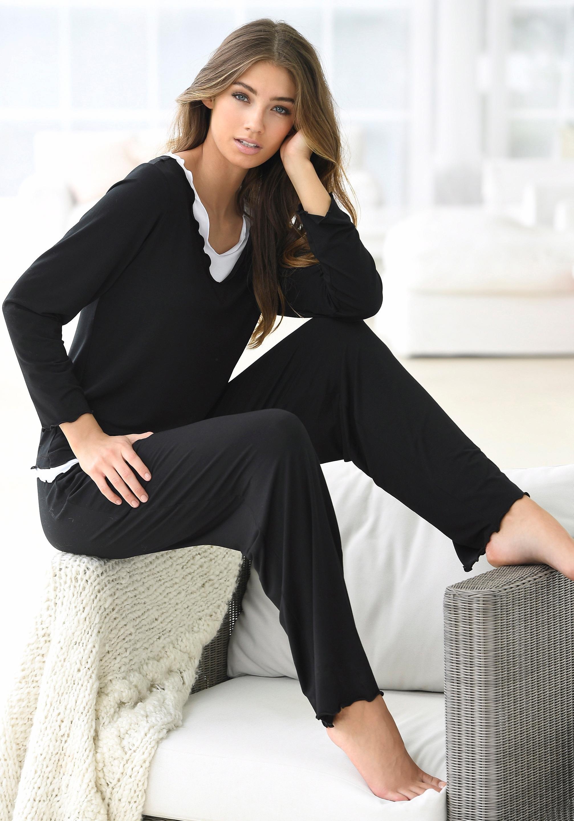 Op zoek naar een LASCANA Pyjama in laagjes-look? Koop online bij Lascana