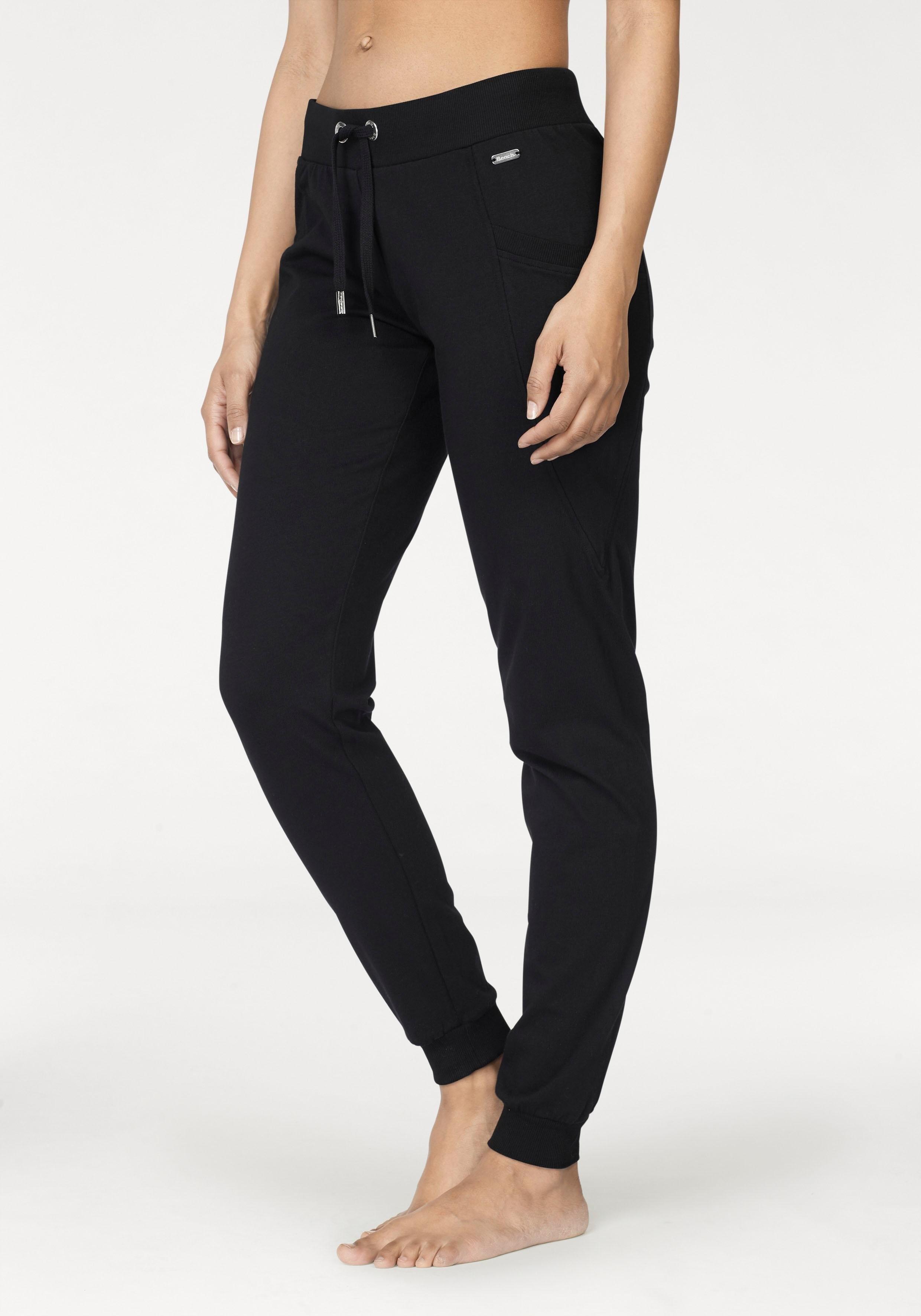 Bench. casual broek voordelig en veilig online kopen