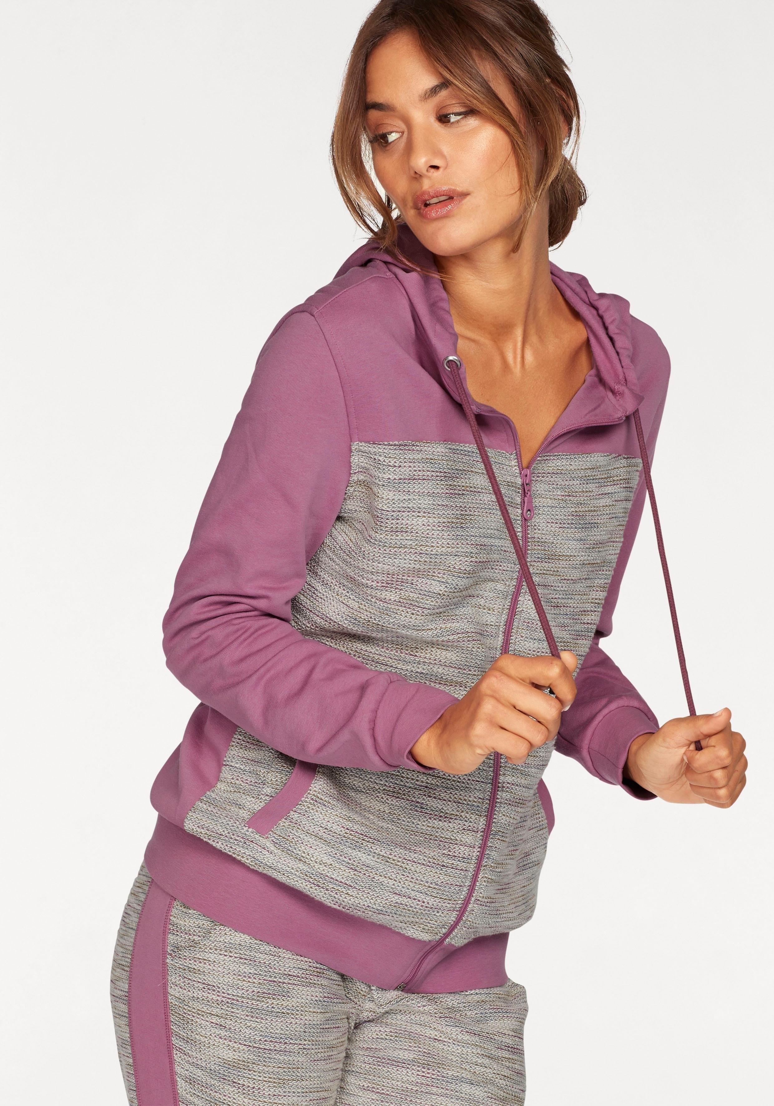Op zoek naar een Buffalo homewear-jasje in moderne mêlee-look en materialenmix? Koop online bij Lascana