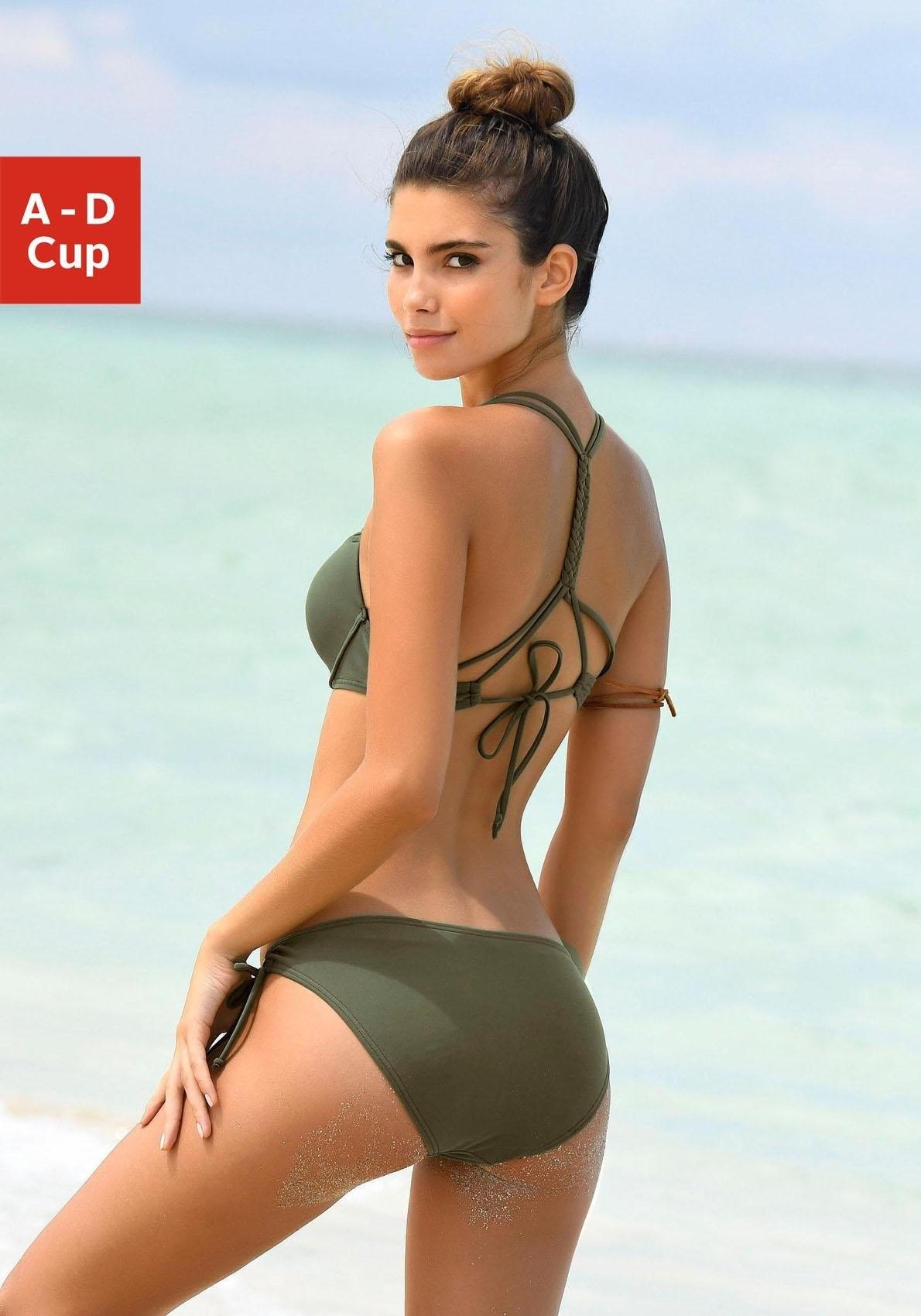 bikini met beugel en push up