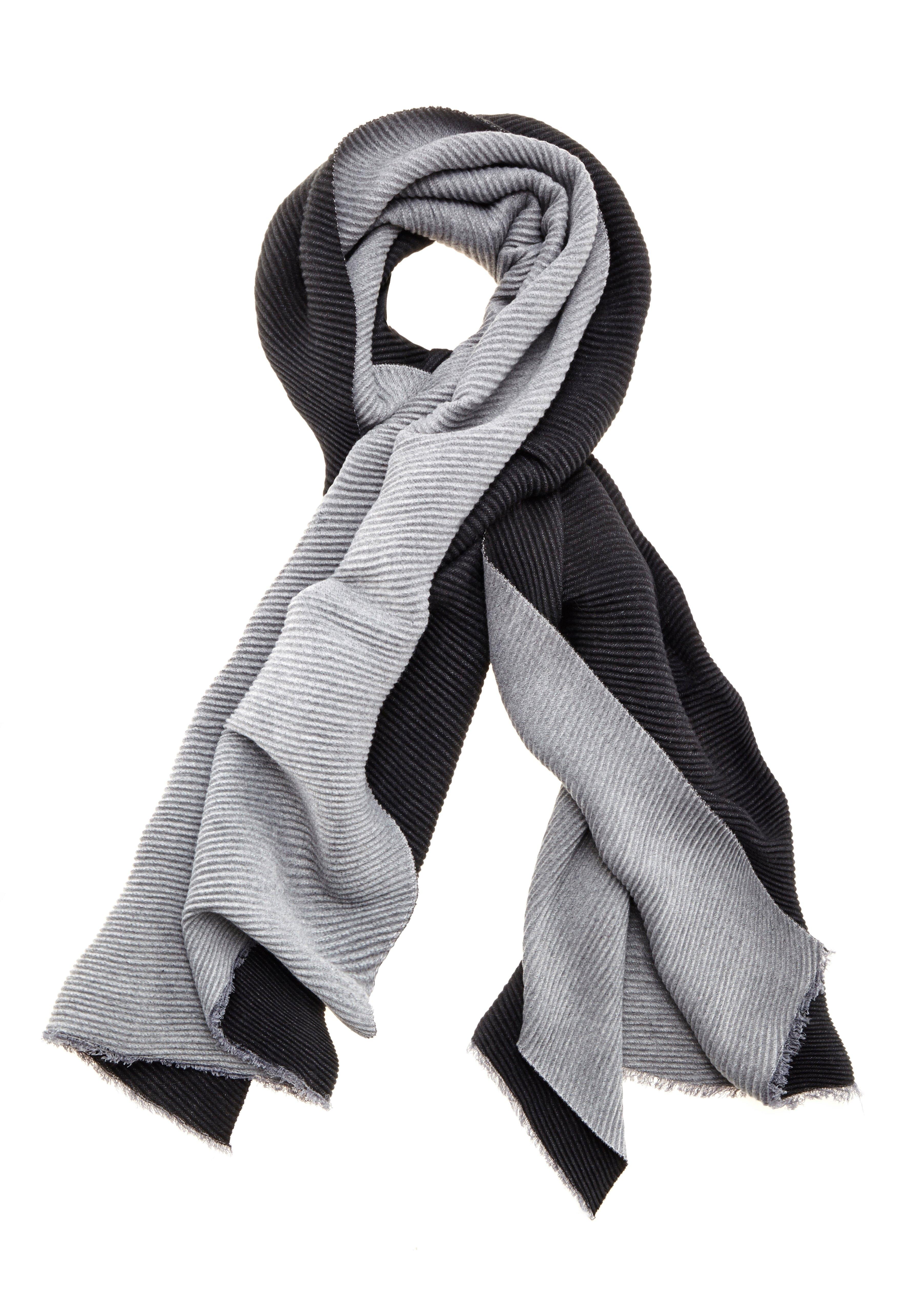 Op zoek naar een Lascana Sjaal modieuze xl-sjaal die keerbaar is, van zacht plissé-materiaal? Koop online bij Lascana