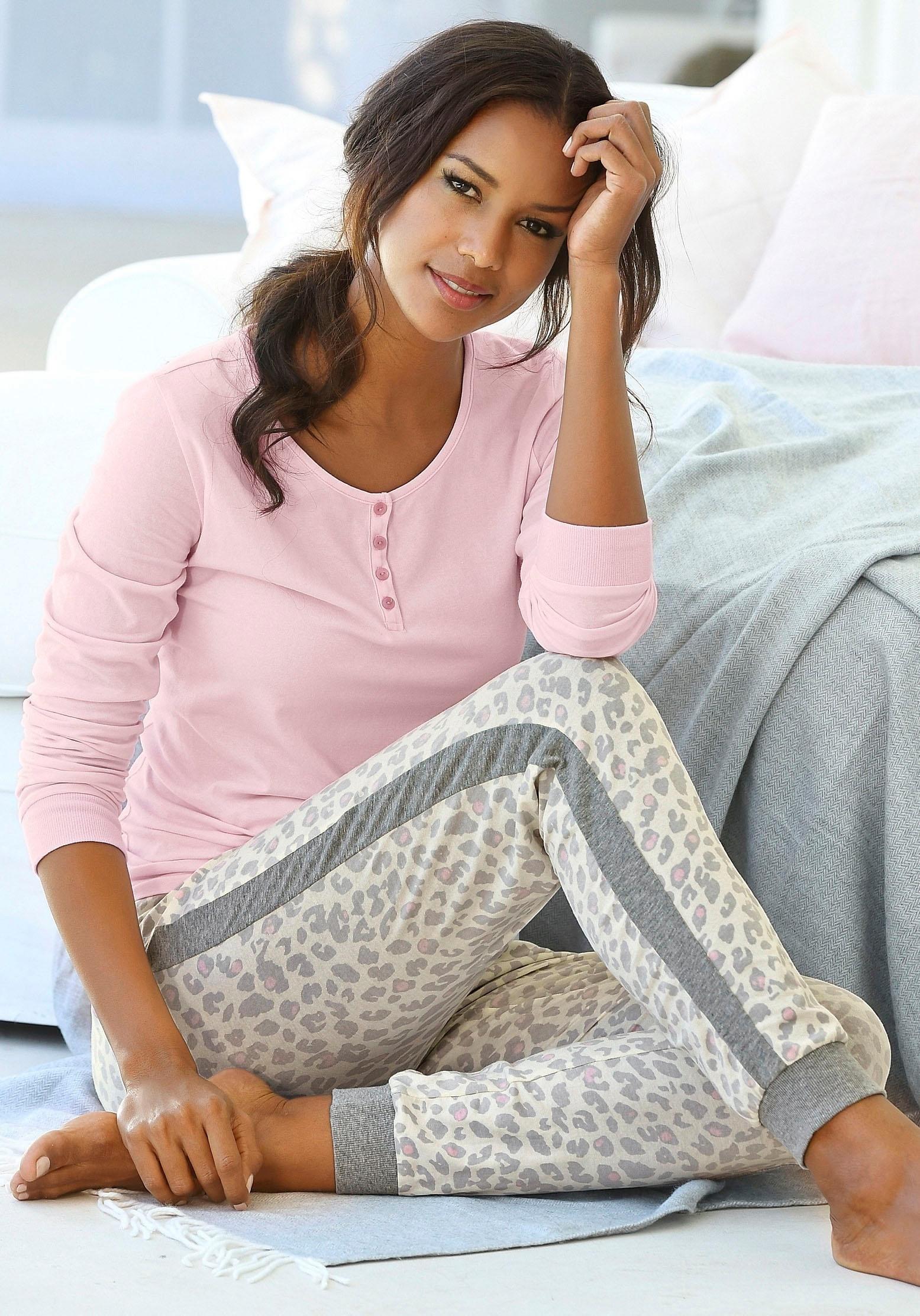 s.Oliver RED LABEL Beachwear Pyjama met strepen opzij op de pijpen in de webshop van Lascana kopen