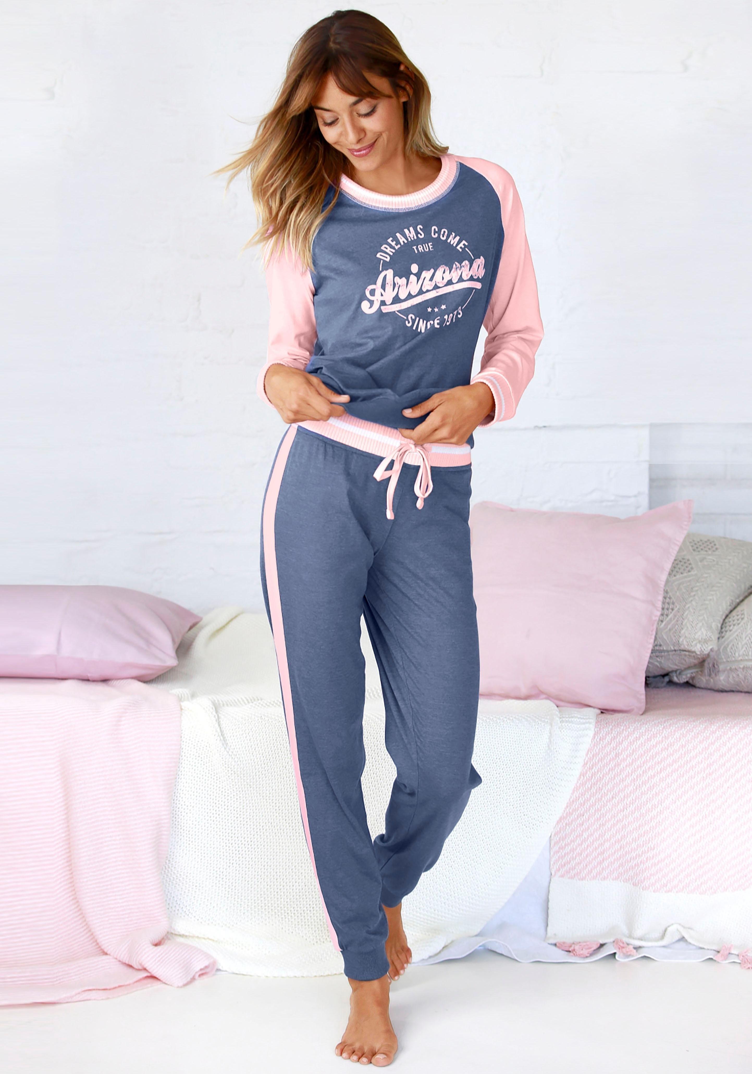 Arizona pyjama in college-look met folieprint bestellen: 30 dagen bedenktijd