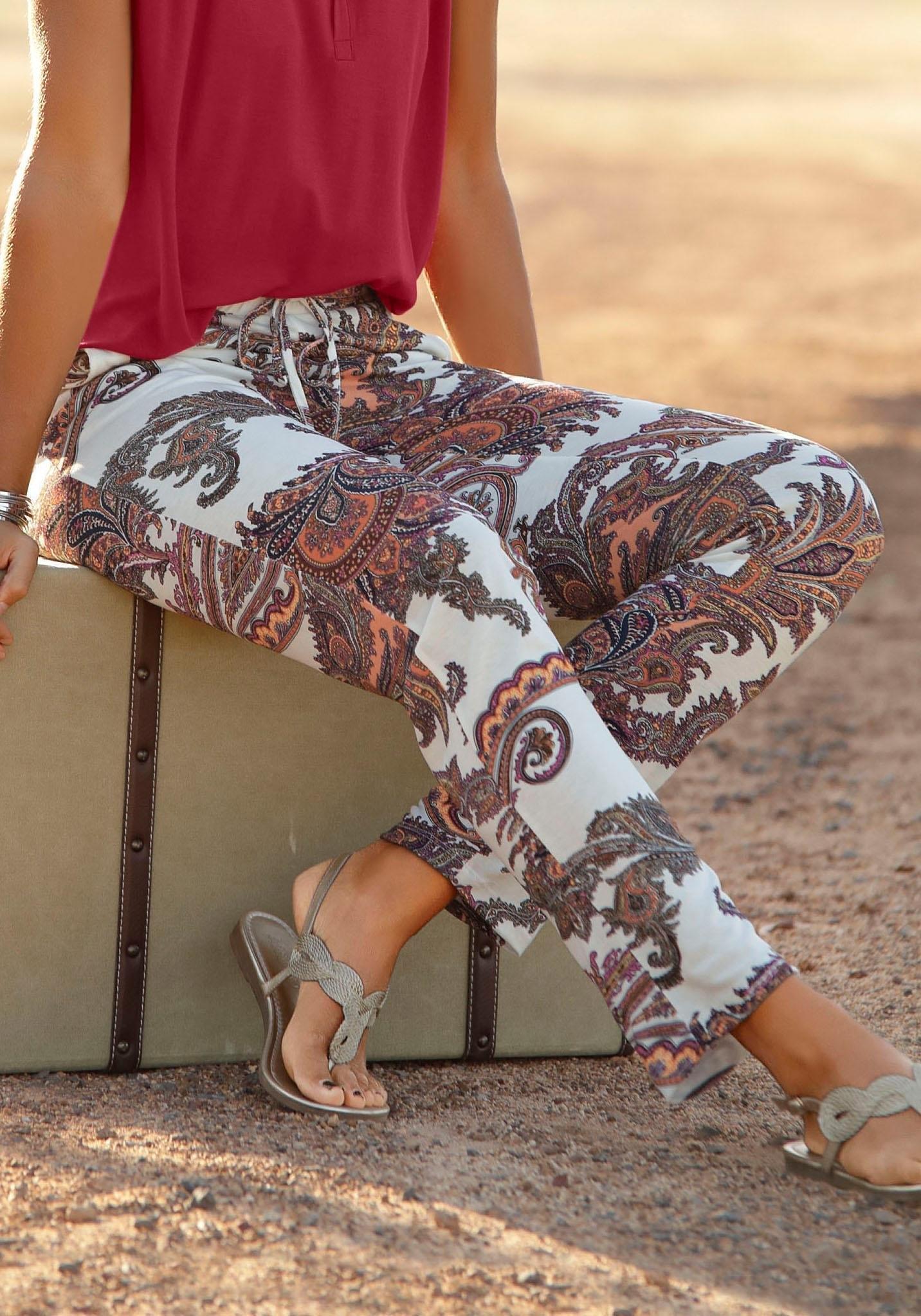 Lascana Strandbroek met paisley patroon nu online kopen bij Lascana