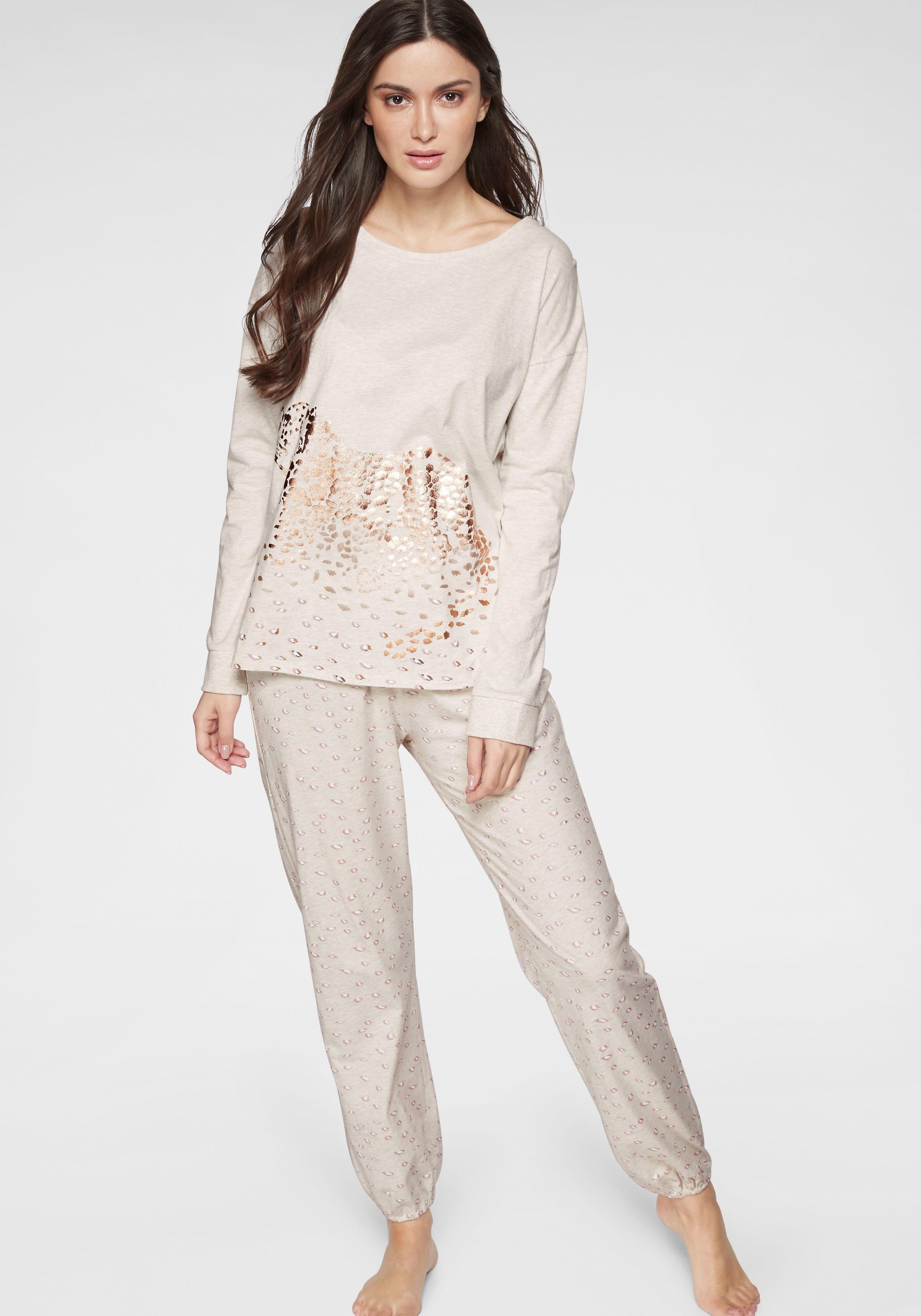Triumph pyjama voordelig en veilig online kopen