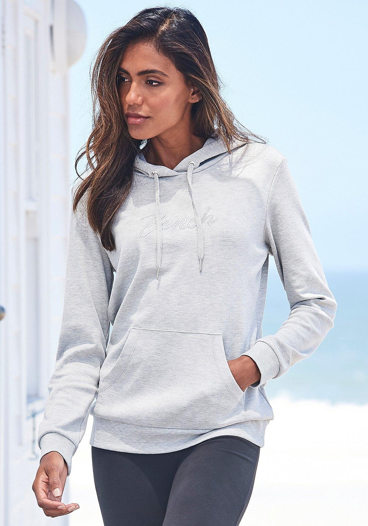 Bench. hoodie in de webshop van Lascana kopen
