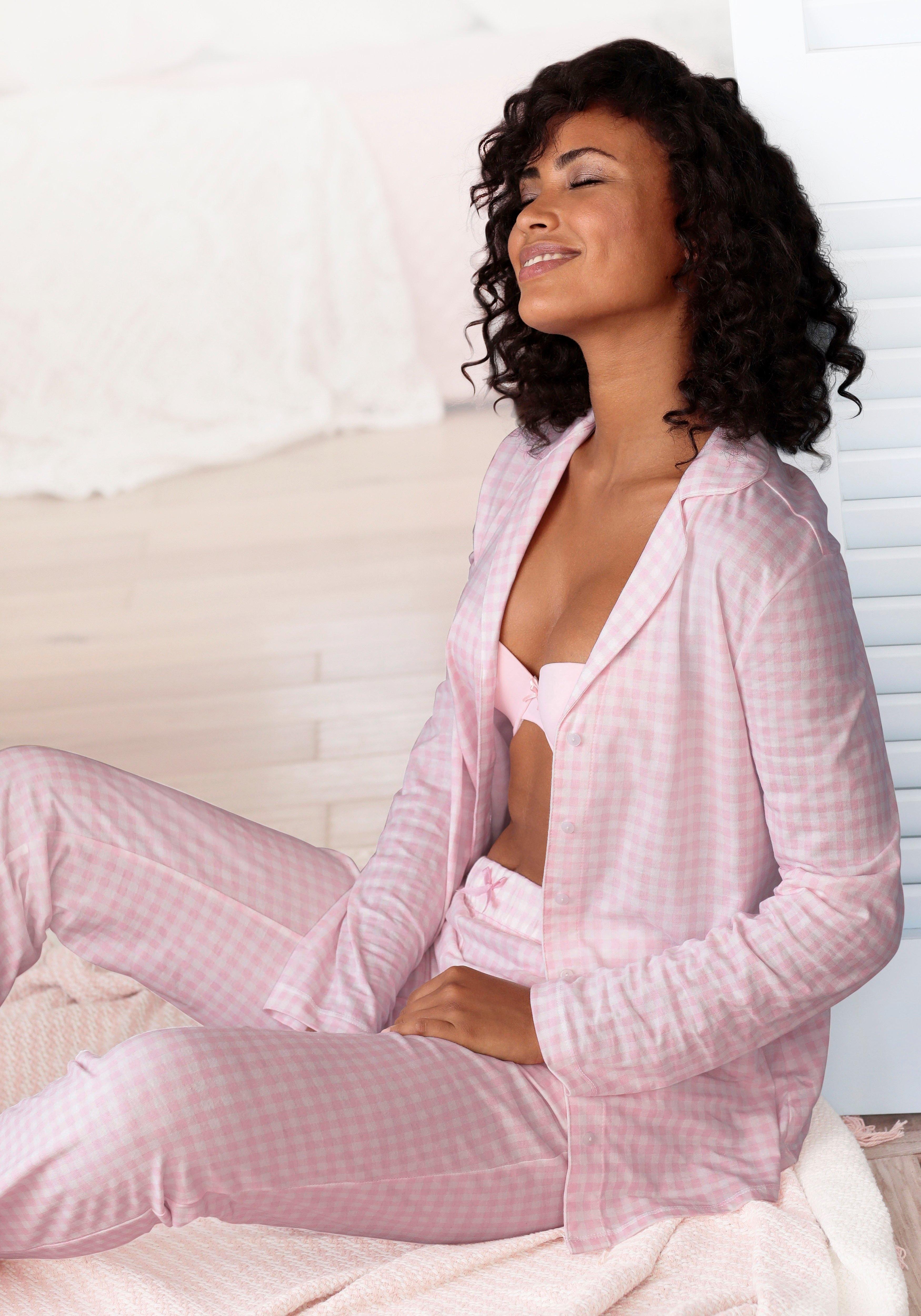 Op zoek naar een Vivance Dreams Pyjama met een fijn patroon? Koop online bij Lascana