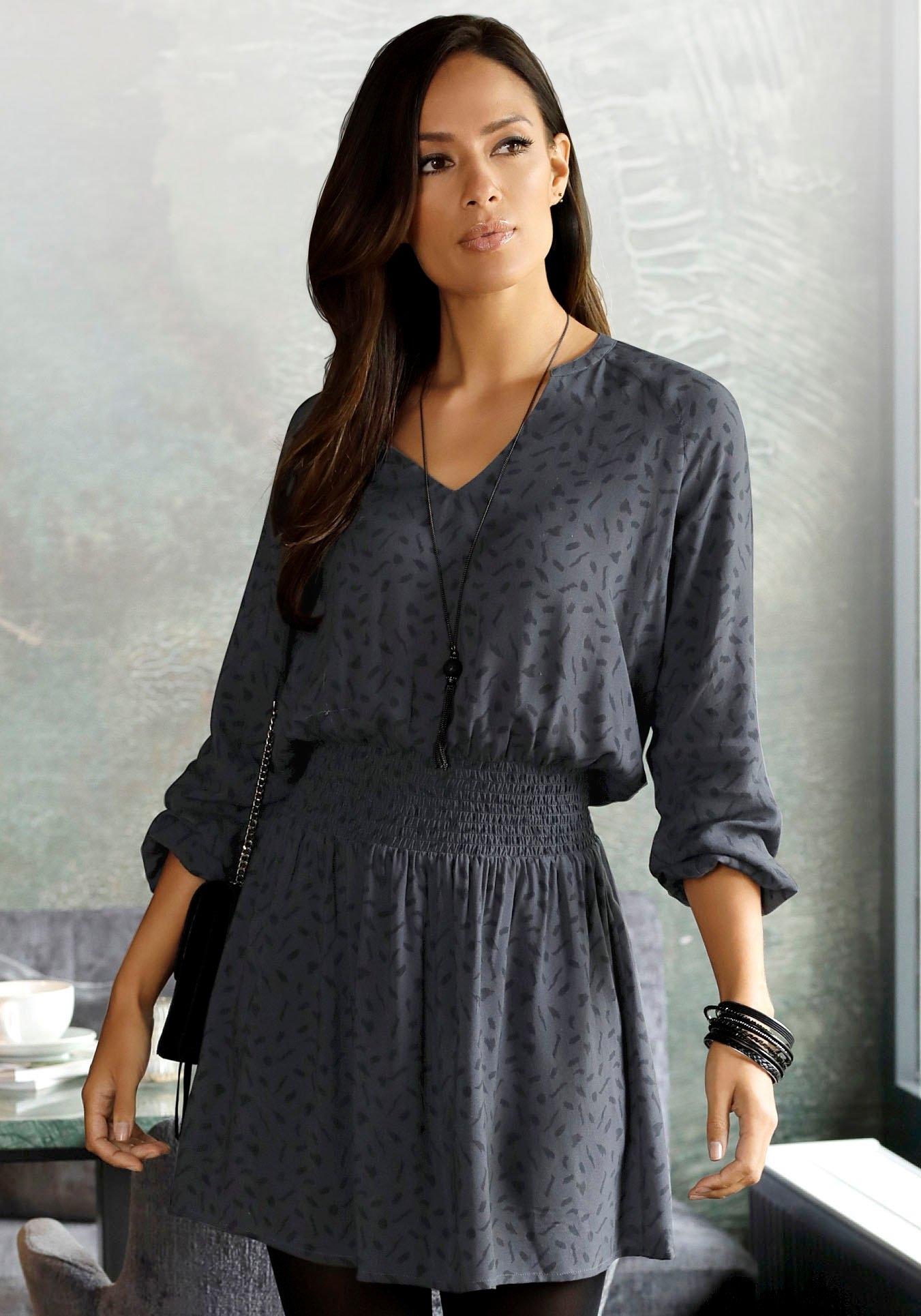 Op zoek naar een Lascana gedessineerde jurk met grafische print? Koop online bij Lascana