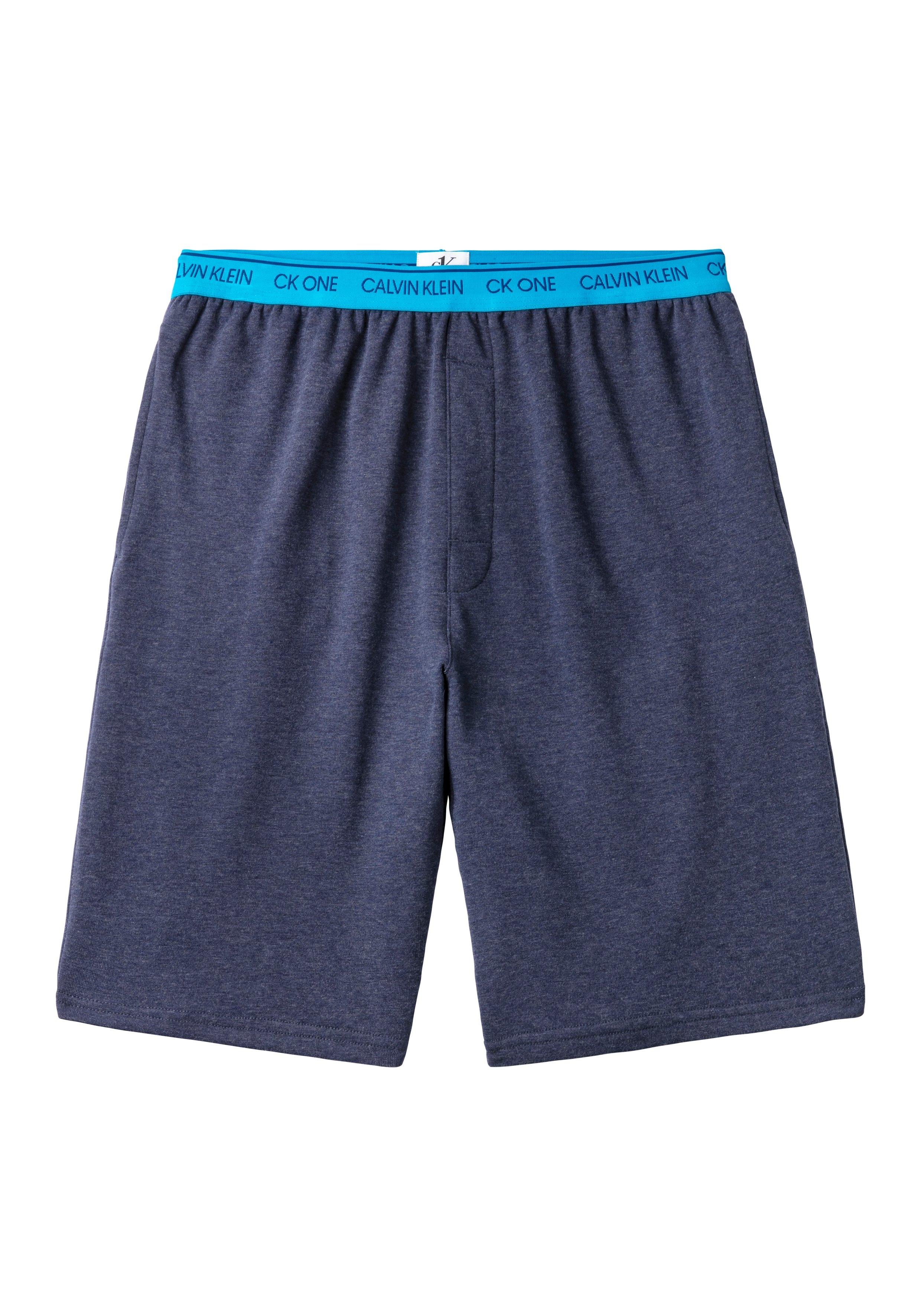 Op zoek naar een Calvin Klein sweatshort met logo-weefband? Koop online bij Lascana