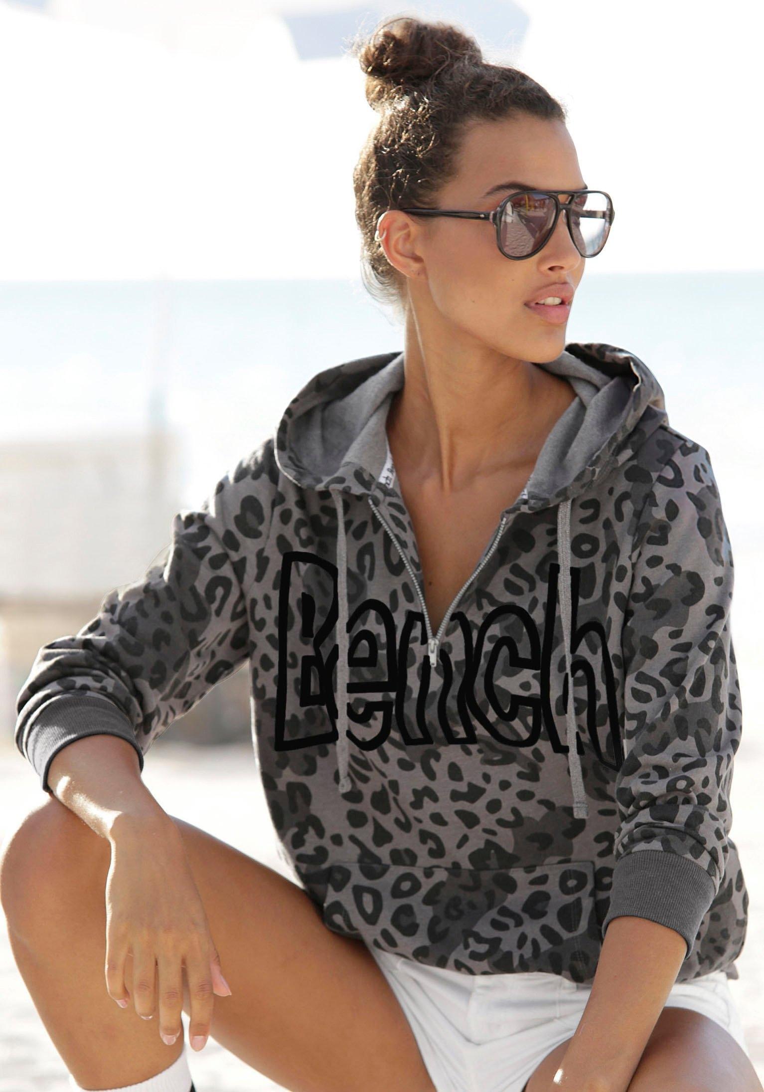 Bench. Sweatshirt nu online bestellen