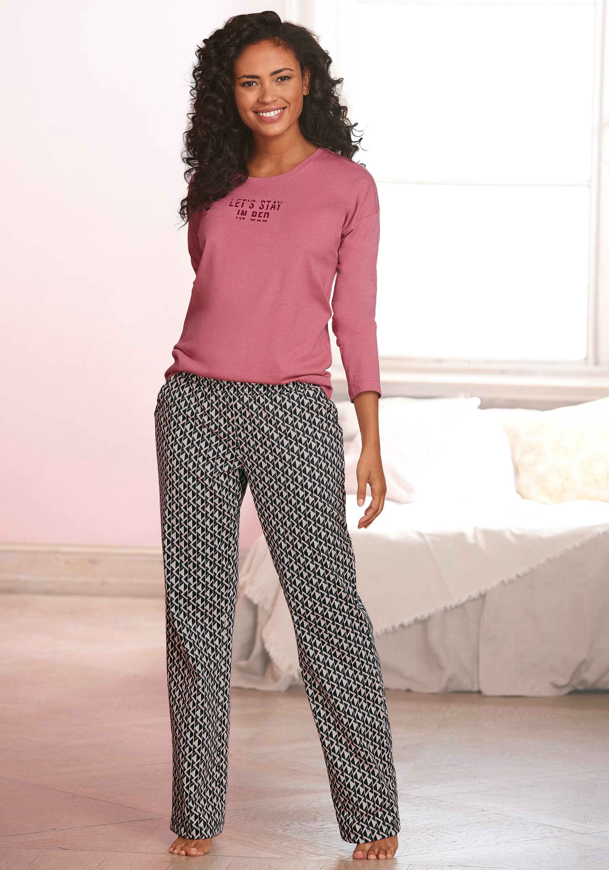 Vivance Dreams pyjama met opschrift en gedessineerde broek - verschillende betaalmethodes